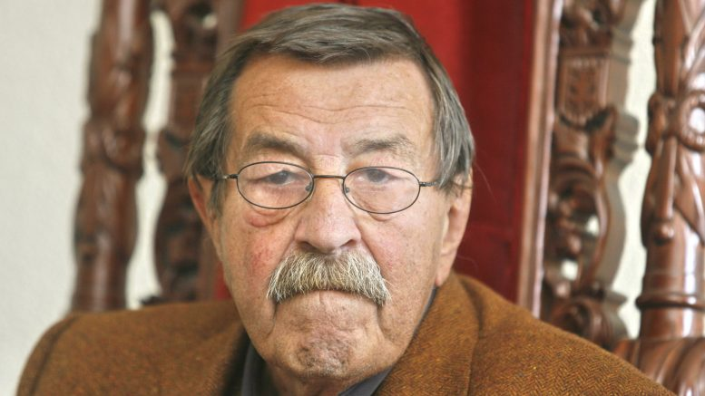28 May 2008, St. Petersburg, Russia --- Nobel-winning German novelist Gunter Grass dies aged 87. In picture: novelist Gunter Grass. May 28, 2008. Russia, Saint Petersburg. --- Image by © Photoagency Interpress/Global Look/Corbis