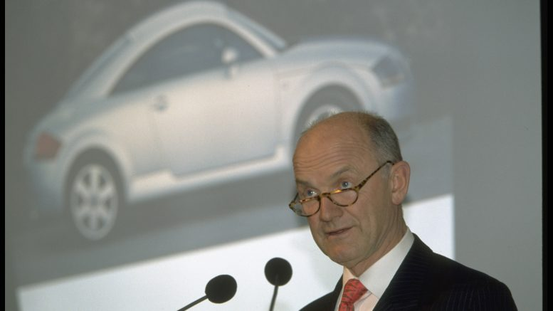 © Vienna Report Agency/Sygma/Corbis Feb 1999 --CONFERENCE WITH FERDINAND PIECH, CHAIRMAN OF VOLKSWAGEN